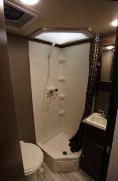 bathroom palomini