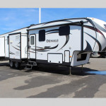 Denali Fifth Wheel Used RV for sale