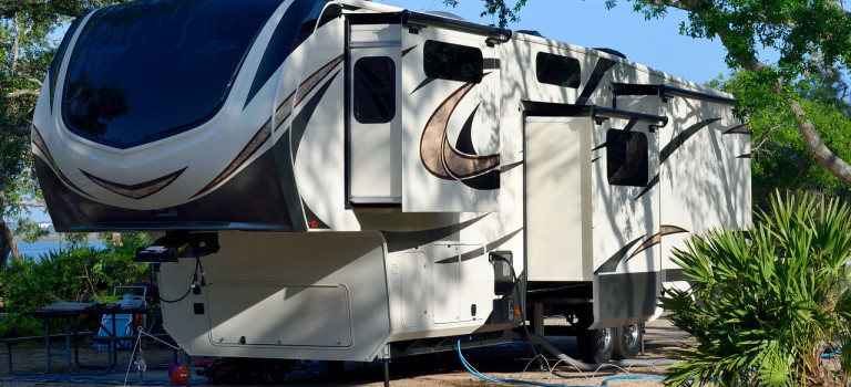 What to Look for When Choosing RV Resorts