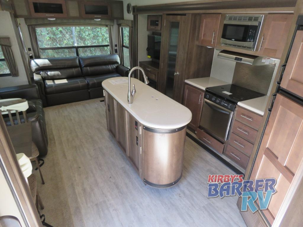 Forest River Wildcat Maxx Review: A Luxury RV for the Whole