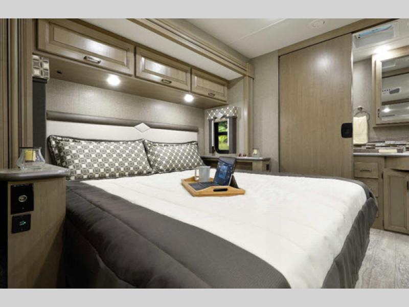 bedroom Thor motorhome