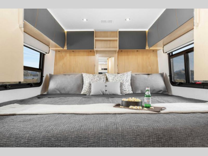 bed in unity motorhome