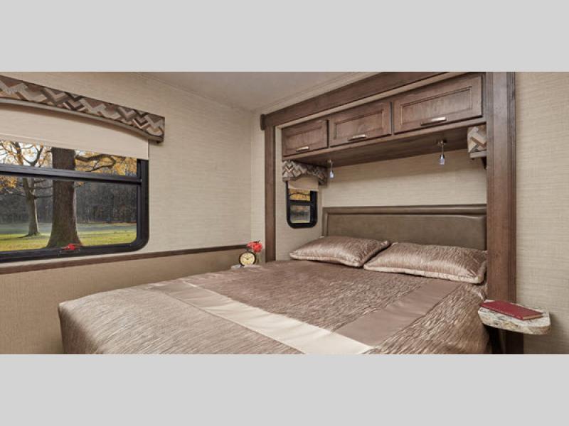 Jayco alante bedroom