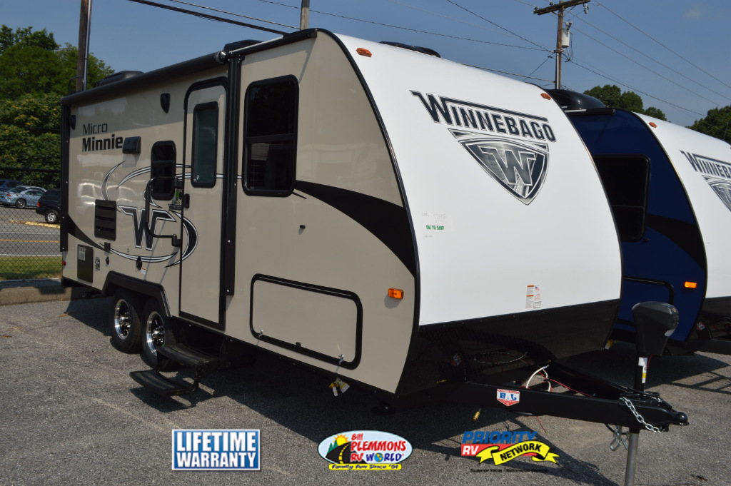 Winnebago Micro Minnie Travel Trailer White