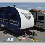 Winnebago Winnie Drop Travel Trailer