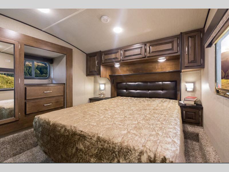 bedroom in reflection fifth wheel