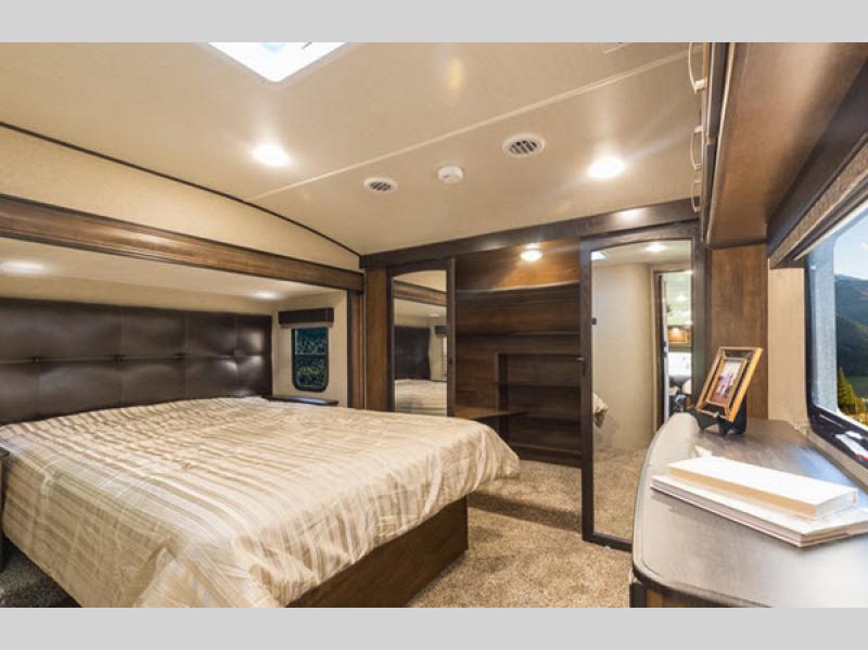 reflection fifth wheel bedroom