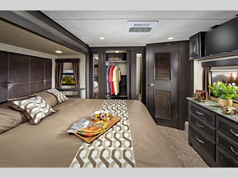 bedroom in voltage