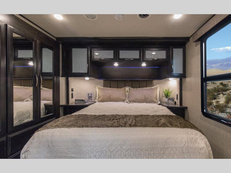 momentum m-class bedroom