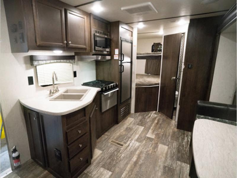 autumn ridge travel trailer kitchen