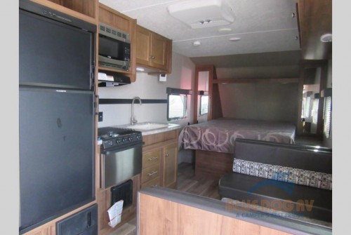 Dutchmen Aspen Trail Travel Trailer Interior
