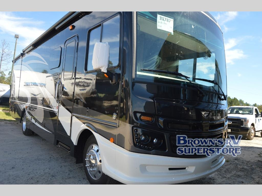 2019 Fleetwood RV Bounder Main