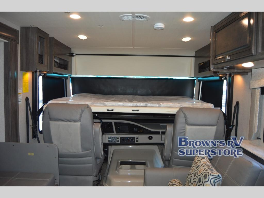 Fleetwood RV Flair front bunk