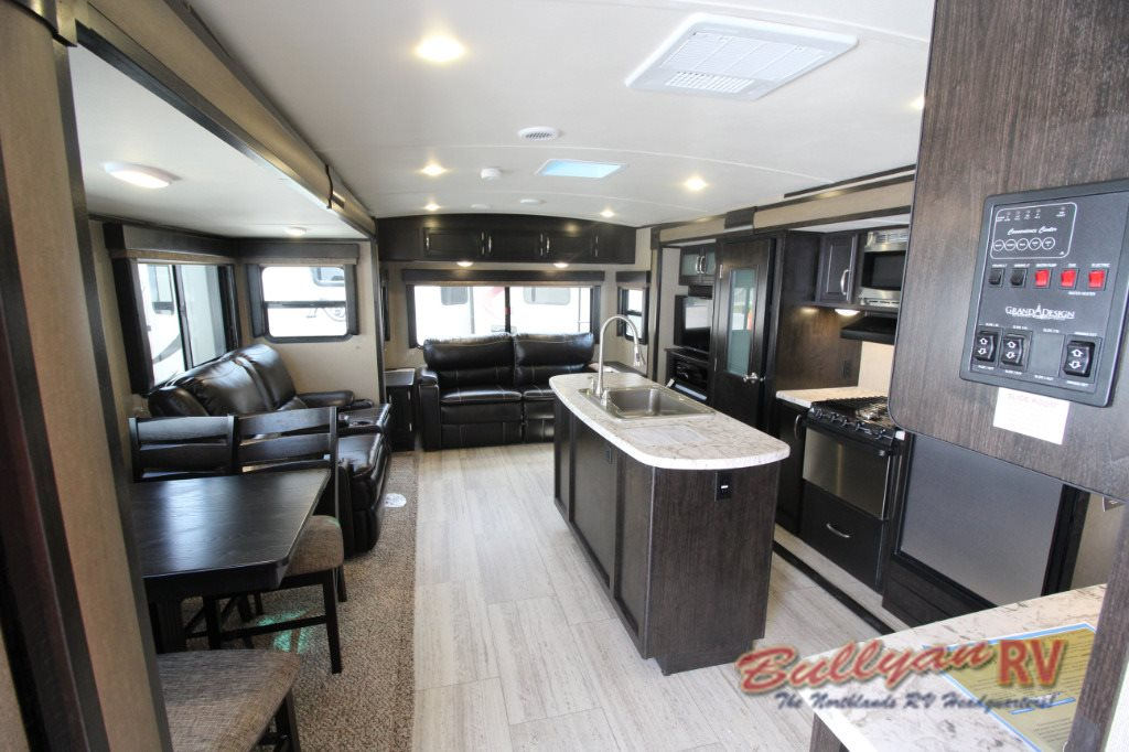 Travel trailer interior design for Grand designs interior designer cornwall