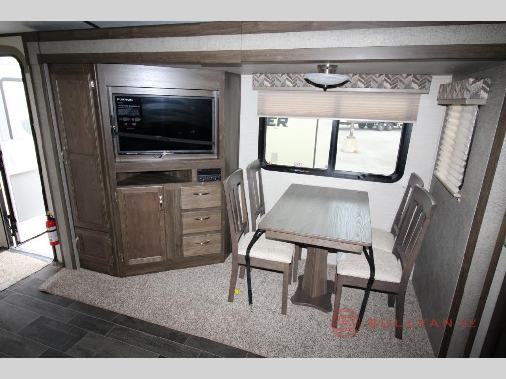 Keystone Premier 24RKPR Travel Trailer Rear Dinette