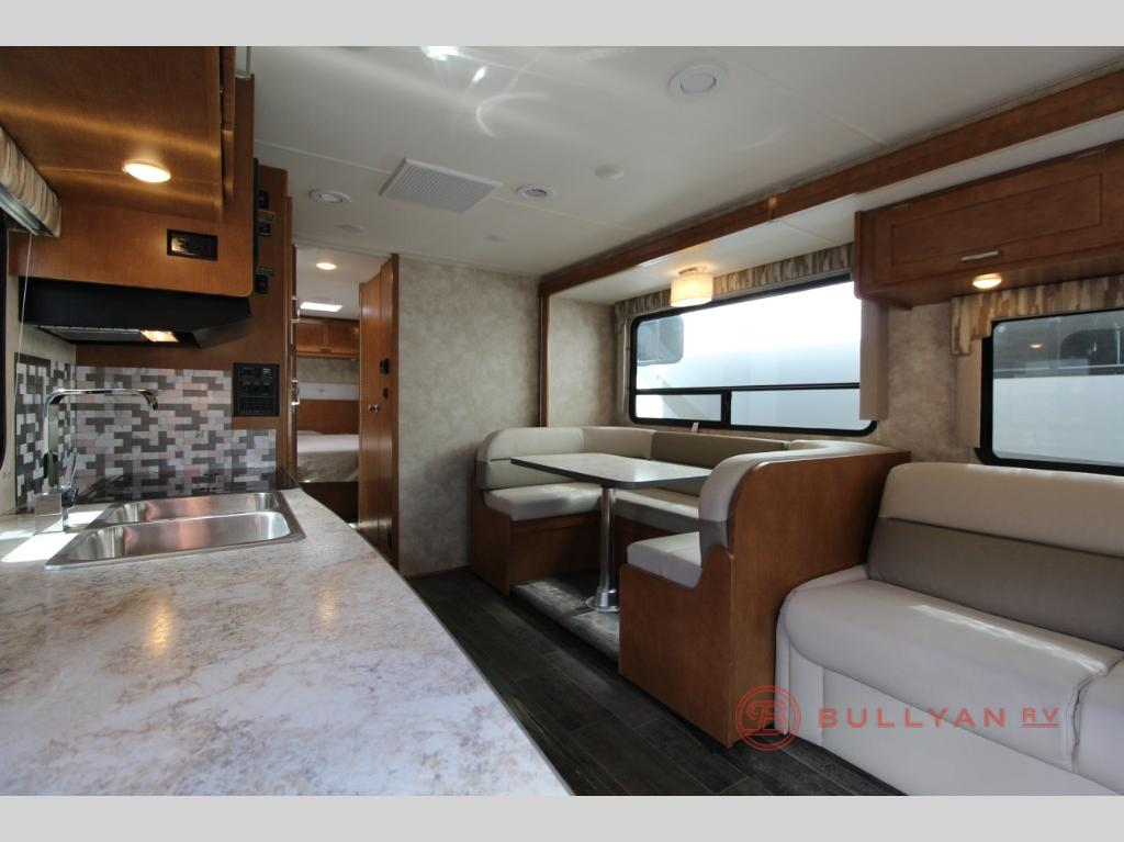 Winnebago Minnie Winnie 31k Loaded With Options