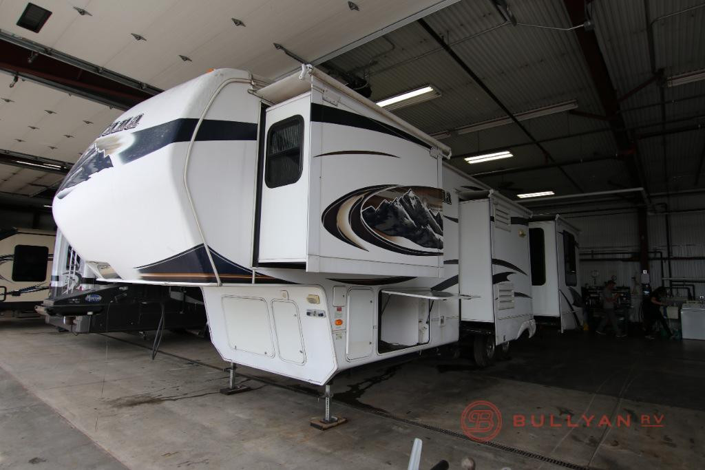 2011 Keystone RV Montana 3665 RE