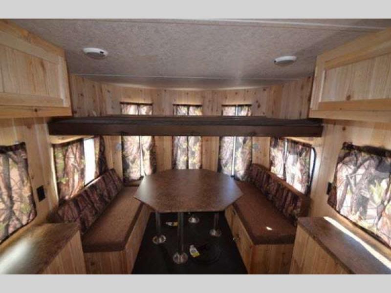 Cherokee Grey Wolf Fish Houses living room