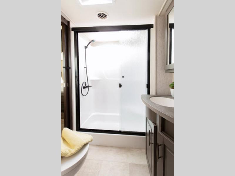 grand design momentum bathroom