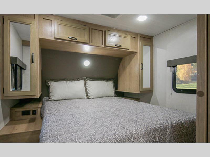Minnie bedroom