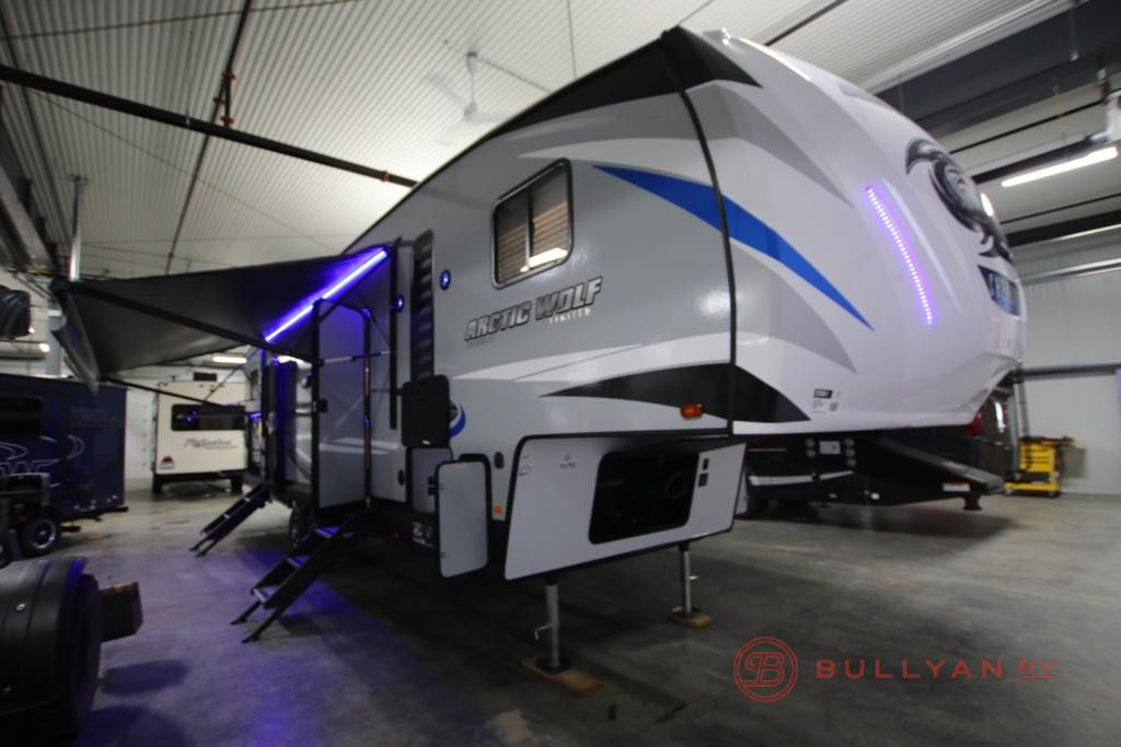 New 2020 Forest River RV Cherokee Arctic Wolf 321BH