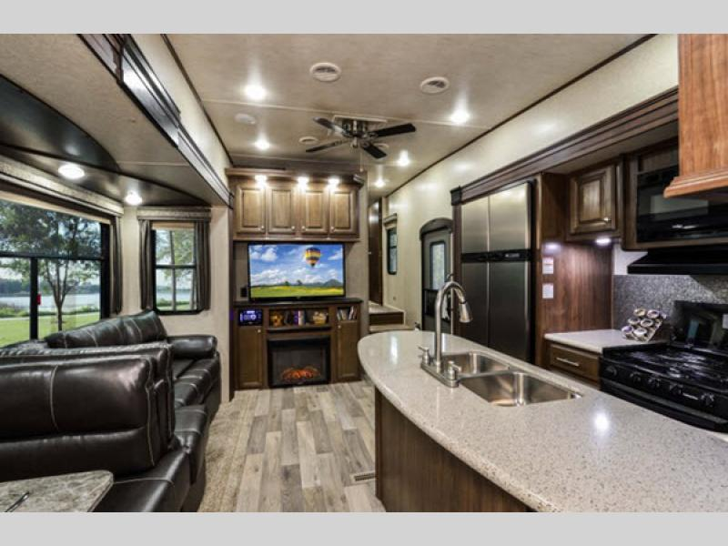 Elkridge Fifth Wheel Entertainment Center