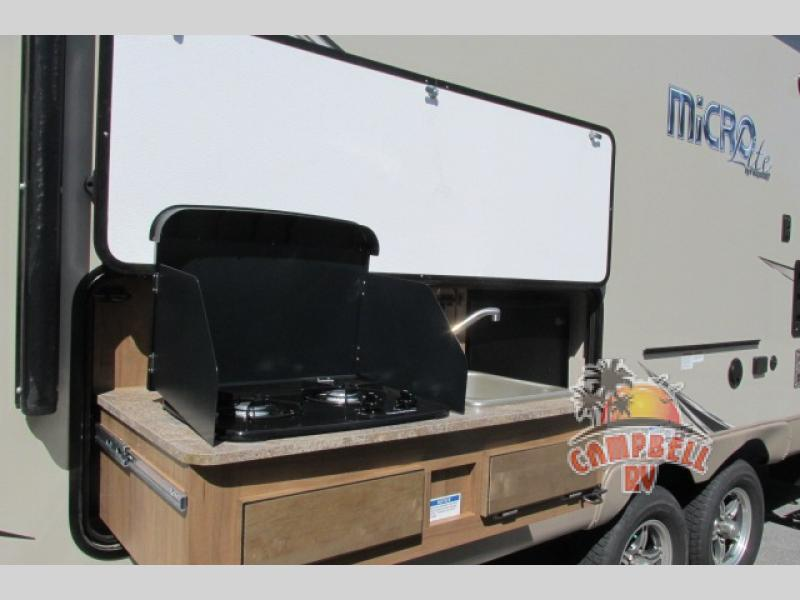 Flagstaff EPro outdoor kitchen
