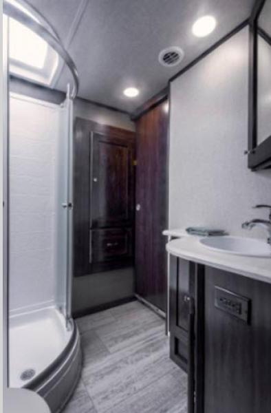 VanLeigh Bathroom