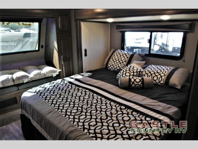 Crossroad cameo bedroom