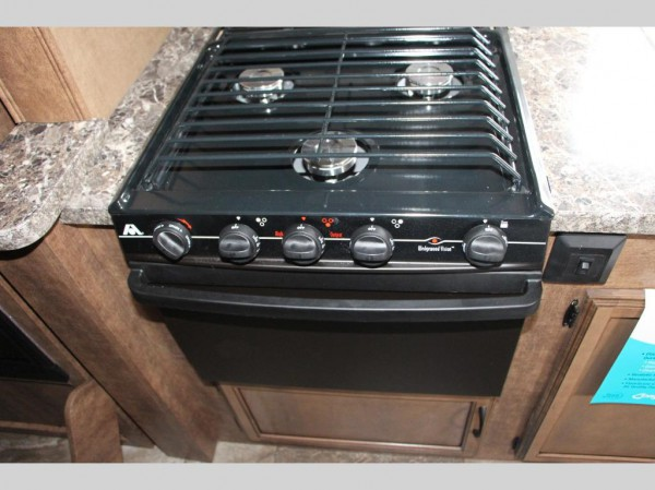 Autumn Ridge travel trailer kitchen equipment