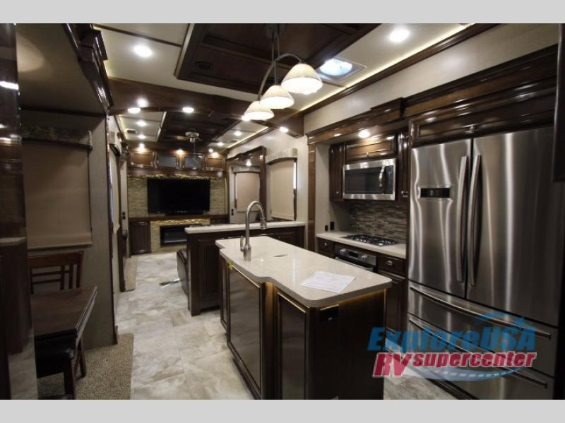 Redwood Fifth Wheel RV Rear Den