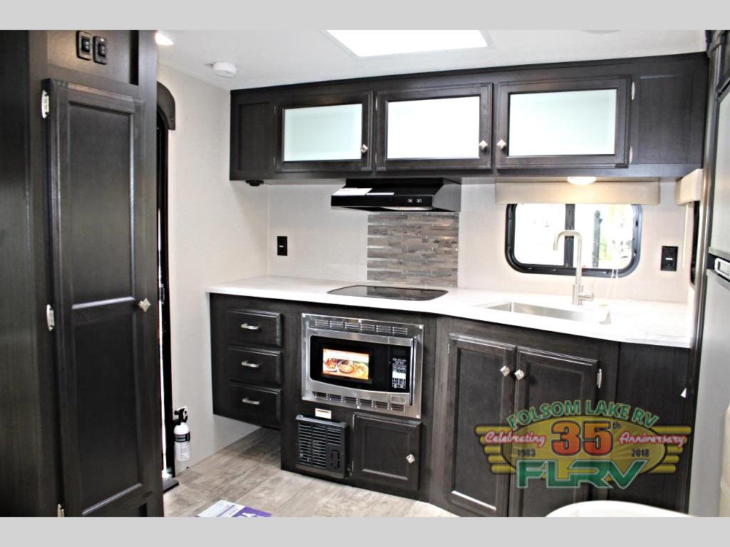 VENTURE RV SONIC SN231 VRL Kitchen