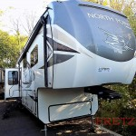 Jayco North Point Fifth Wheel