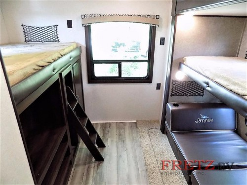 Jayco Jay Flight 32BHDS Travel Trailer bunkhouse