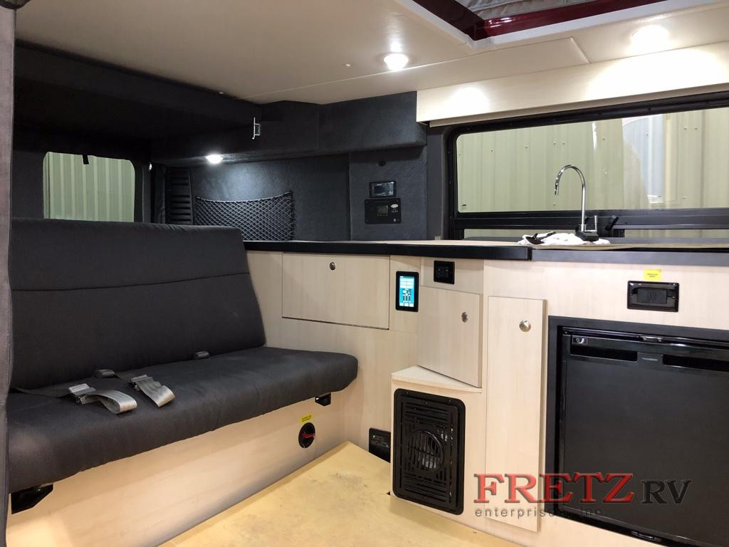 Fretz RV Pleasure Way Tofina living Space