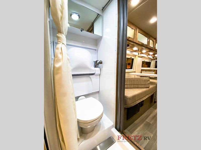 Coachmen Bathroom