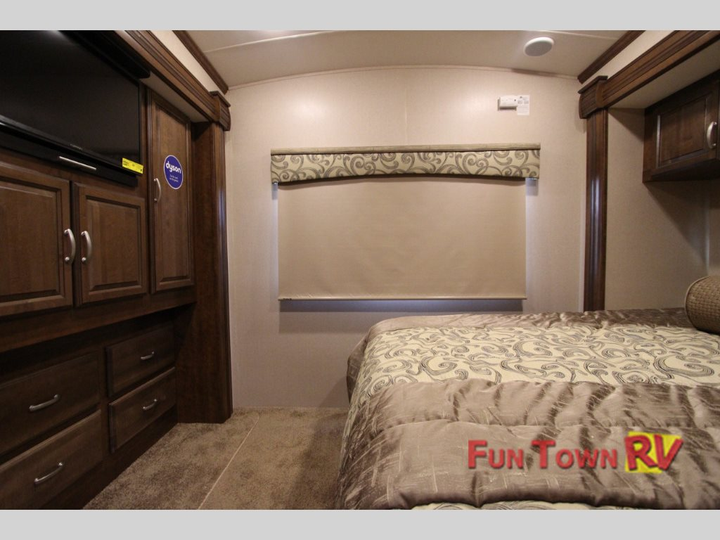 Final Closeout Sale on our Forest River Cardinal 3800FL Fifth ...