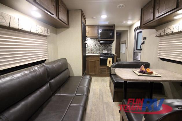 Gulf Stream Kingsport Travel Trailers Living Area