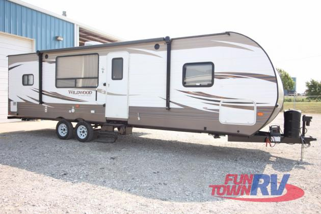 Forest River Wildwood 27RKSS Travel Trailer