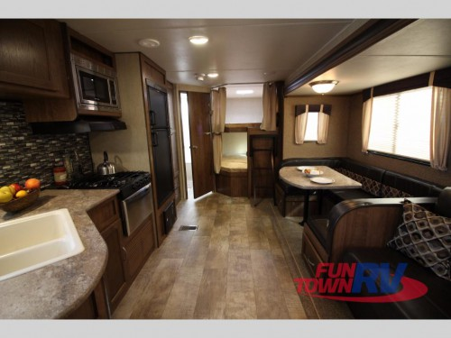 Gulf Stream Kingsport 277DDS travel trailer