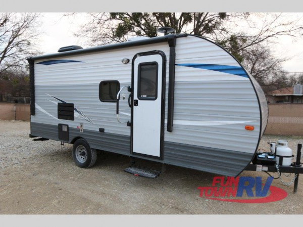 Kingsport Super Lite bunkhouse travel trailer