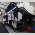 Big Country 3310QSCK Fifth Wheel