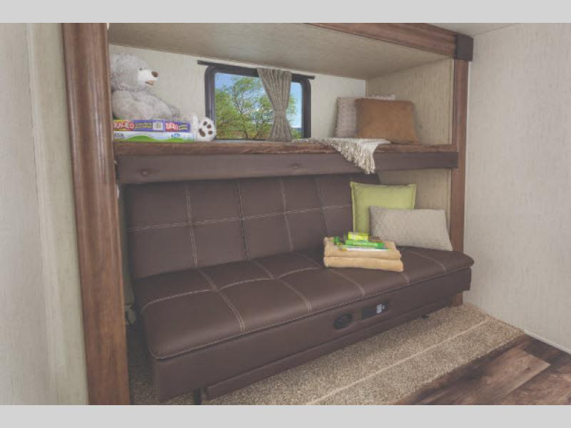 bunks sandpiper fifth wheel