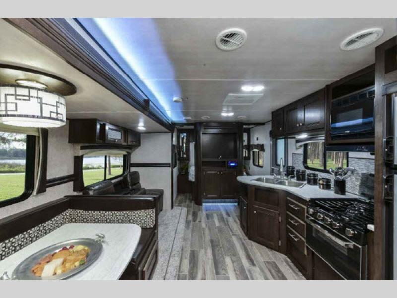 kitchen in trail runner