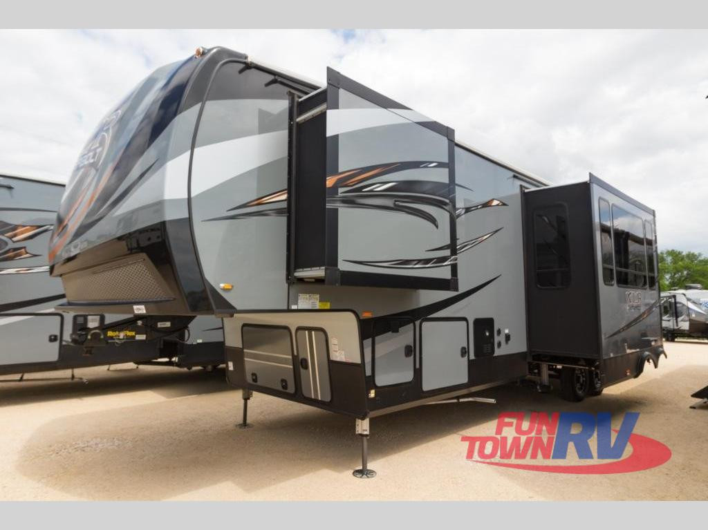 2018 Forest River RV XLR Thunderbolt 340AMP