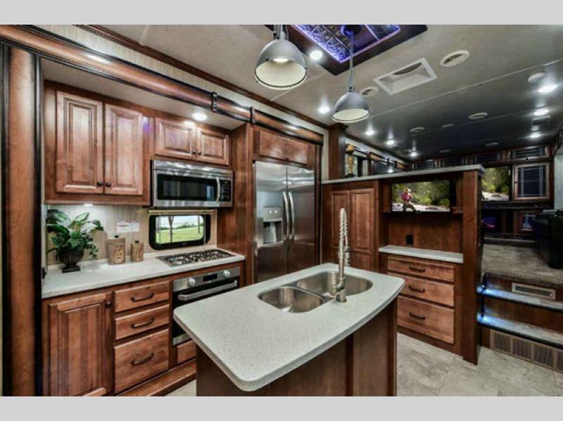 kitchen in bighorn