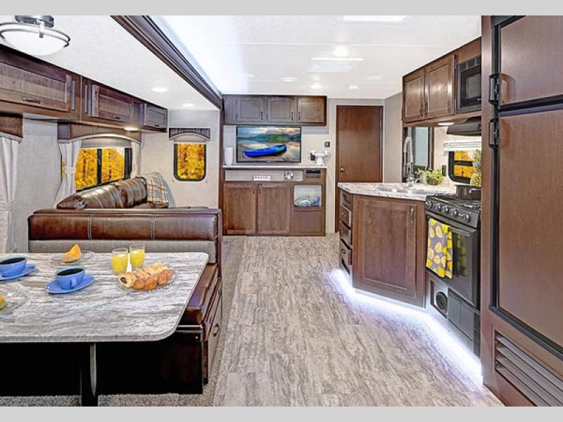 kitchen della terra