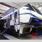 2020 CrossRoads RV Cameo 3921BR