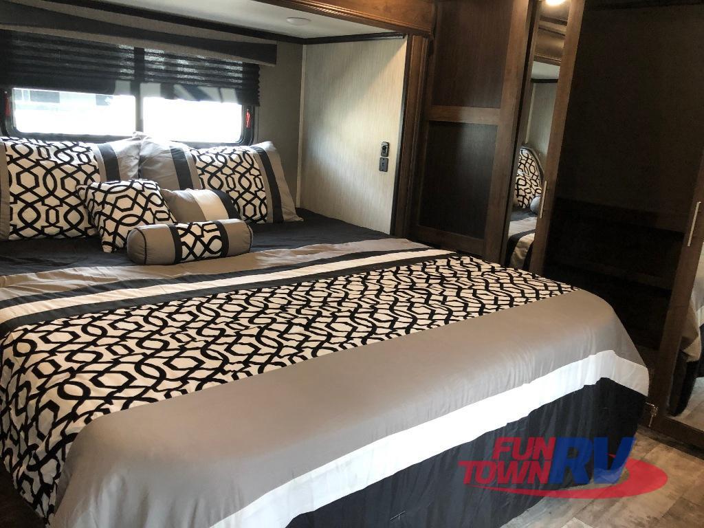 cameo bedroom