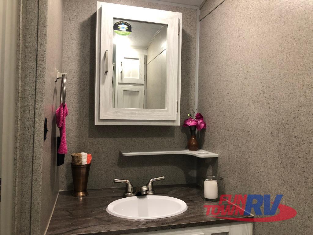GEO Pro Bathroom